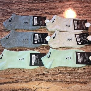 Women's Nike socks